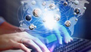 De-ce-suntem-dependenti-de-internet-in-anul-2021